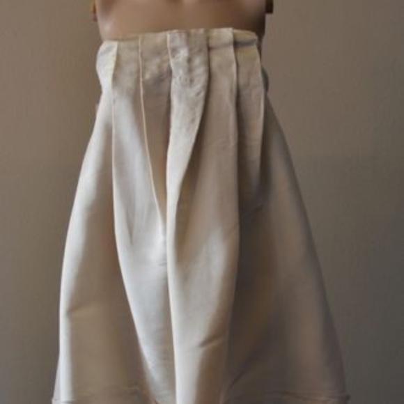 BCBG MAXAZRIA Strapless Pleated BEIGE 0 #415 Dresses & Skirts - BCBG MAXAZRIA Strapless Pleated BEIGE 0 #415